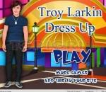 Облечи Трой Ларкин Troy Larkin dress up